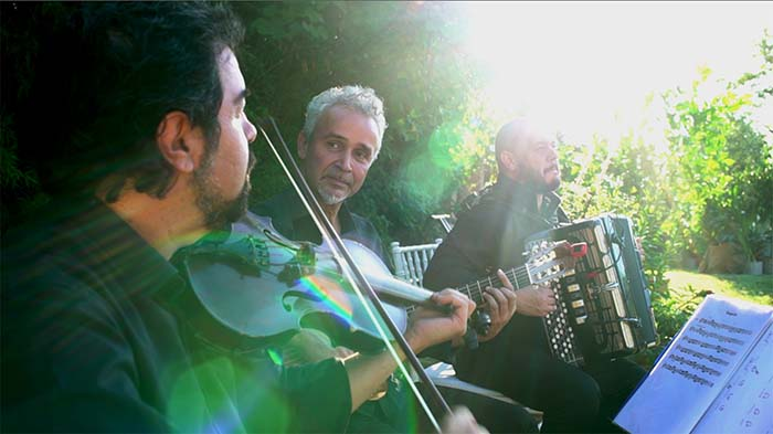 Italian wedding folk trio Tuscany