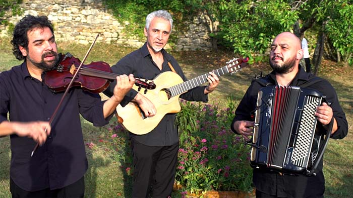 Wedding folk trio Tuscany Italy